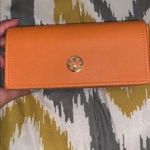 Tory Burch Sunglasses/Reading glasses case